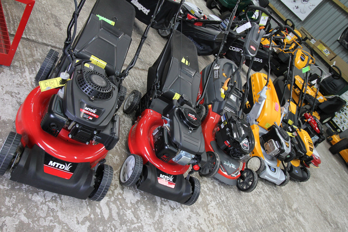 lawn mower machines