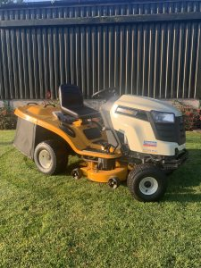 Ride On Lawn Mowers in Wrightington
